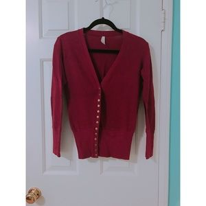 Burgundy cardigan w/ Snap Buttons